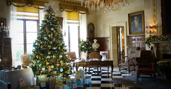 Yuletide at Nemours Mansion & Lunch at Buckley's